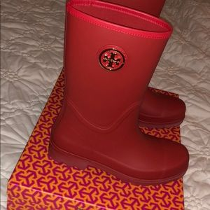 Red Tory Burch rain boot